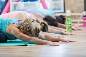 5 redenen om vaker yin yoga te doen. Een blog door Feel Good Fitness Factory.