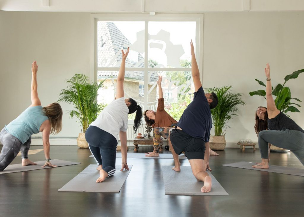 Slow flow yoga - Feel Good Yoga & Pilates - Yogaschool Hilversum