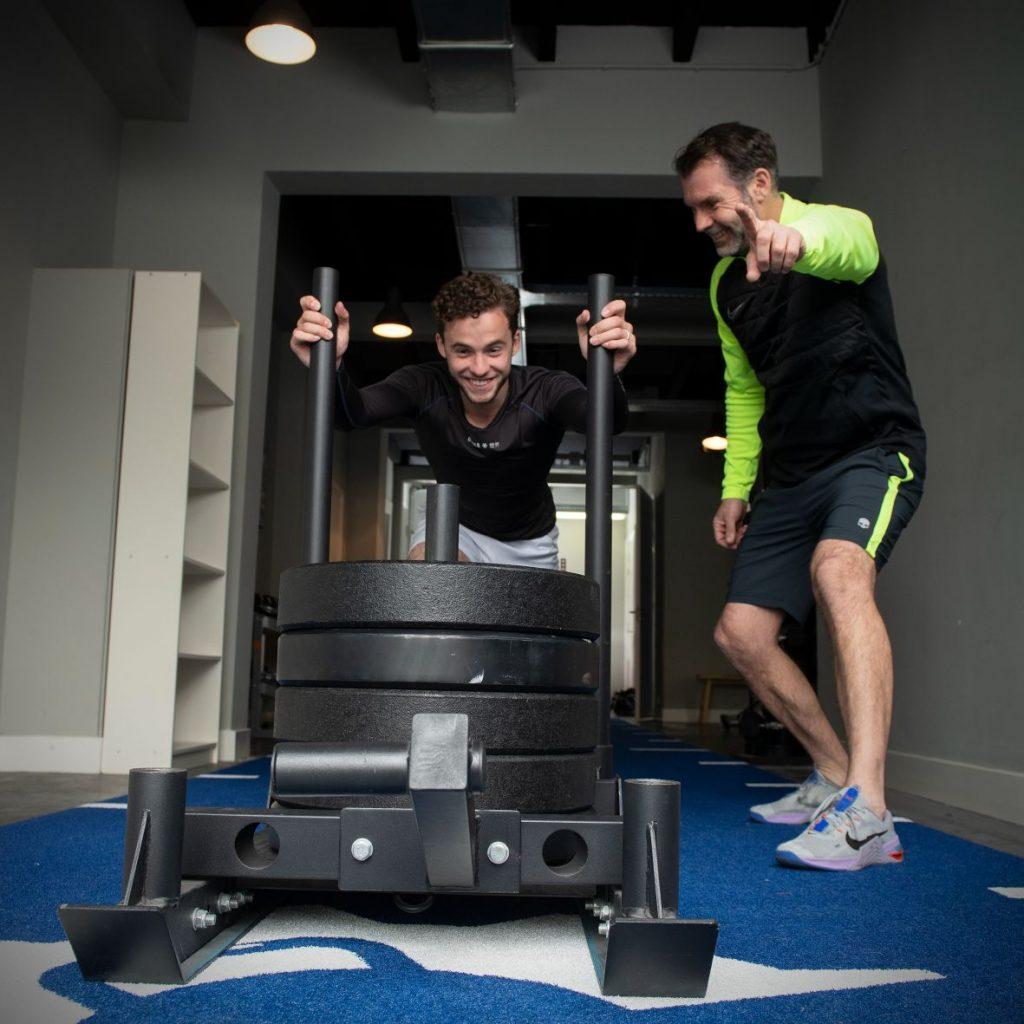 Sportschool Hilversum - Fitness mannen - Feel Good Fitness Factory